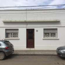 Casa en venta ubicada sobre la calle José Pedro Ramírez