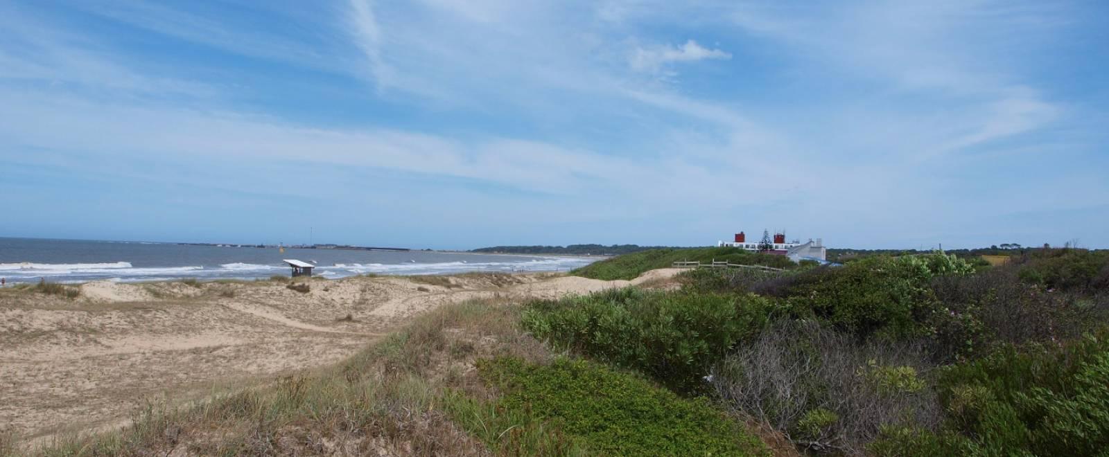 Solar a la venta a metros del mar en la hermosa playa del - Inmobiliaria la playa ...