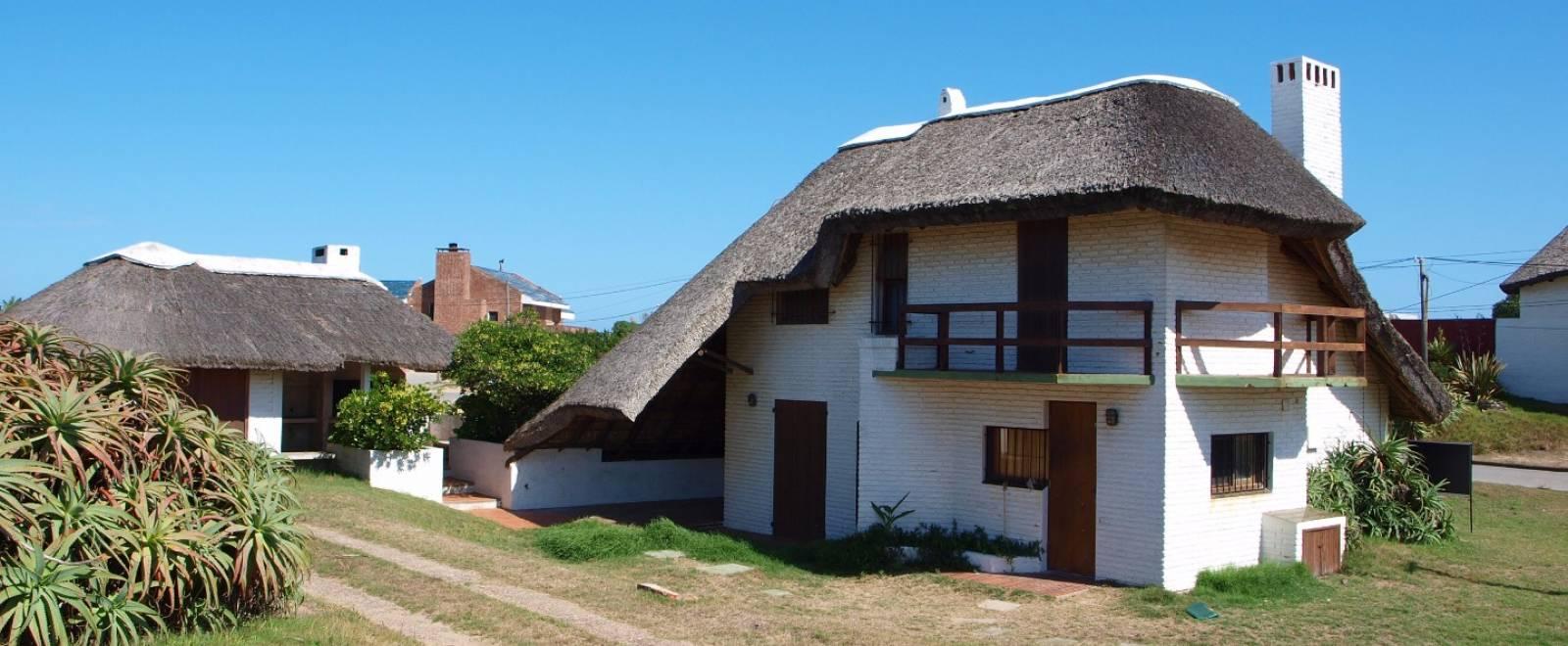 Chalet en venta sobre la rambla de la balconada del for Casa rural la balconada