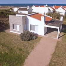 House for sale in the Seaside Resort La Aguada, just 50 meters from the beach