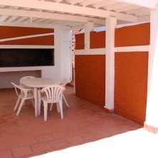 Casa 1 Parrillero techado