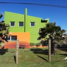 Dos casas en venta en un amplio lote a pasos de la playa El Cabito en el Balneario La Paloma