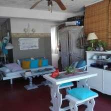 Garage/Casa de huéspedes