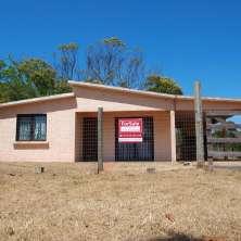Cómoda casa en excelente ubicación dentro de la zona de la playa La Balconada