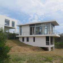 Modern and well designed house with beautiful ocean views in Punta Rubia beach resort