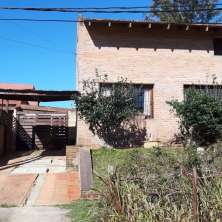 Nice house located just meters from main avenue in Barrio Parque neighborhood