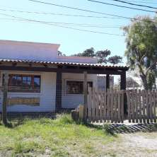 Nice house ideal for permanent residence located in Barrio Parque area, La Paloma resort