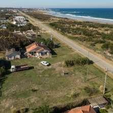 Oportunidad de inversión! Terreno sobre la Rambla frente al mar en Balneario La Paloma