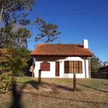 Casa de playa en cómoda ubicación dentro del Barrio Country del Balneario La Paloma