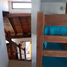 Escaleras a planta alta
