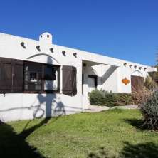 House with attached apartments ideal for rental income located in La Paloma downtown area